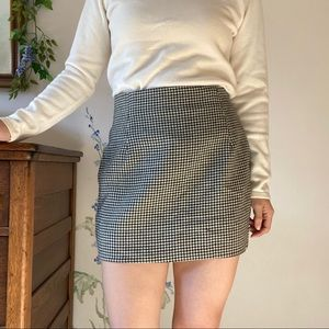 Liz Claiborne patterned mini skirt